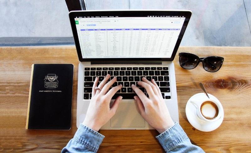 notebook-FLAMAS-promozione-smartworking